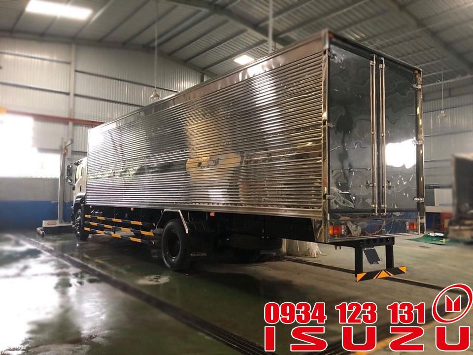 xe tải isuzu 7.5t thùng kín