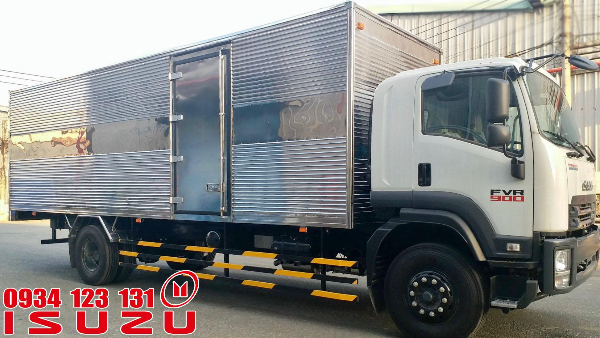 xe tải isuzu 7t5 thùng kín thùng dài 9.6m